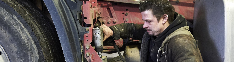 LKW Mechaniker / in